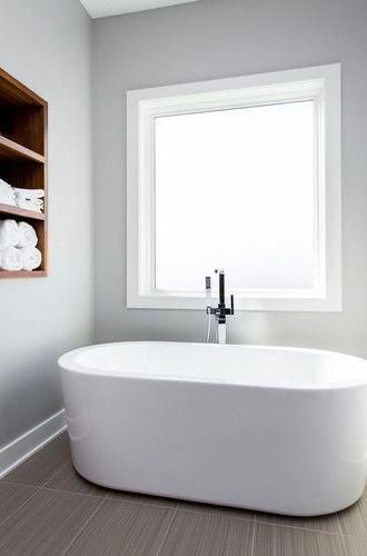 Vasche Da Bagno Piccole Ikea.Vasca Da Bagno Sotto La Finestra Glamcasamagazine