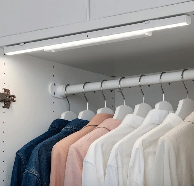5 Luci Ikea Perfette Per Illuminare L Armadio Glamcasamagazine
