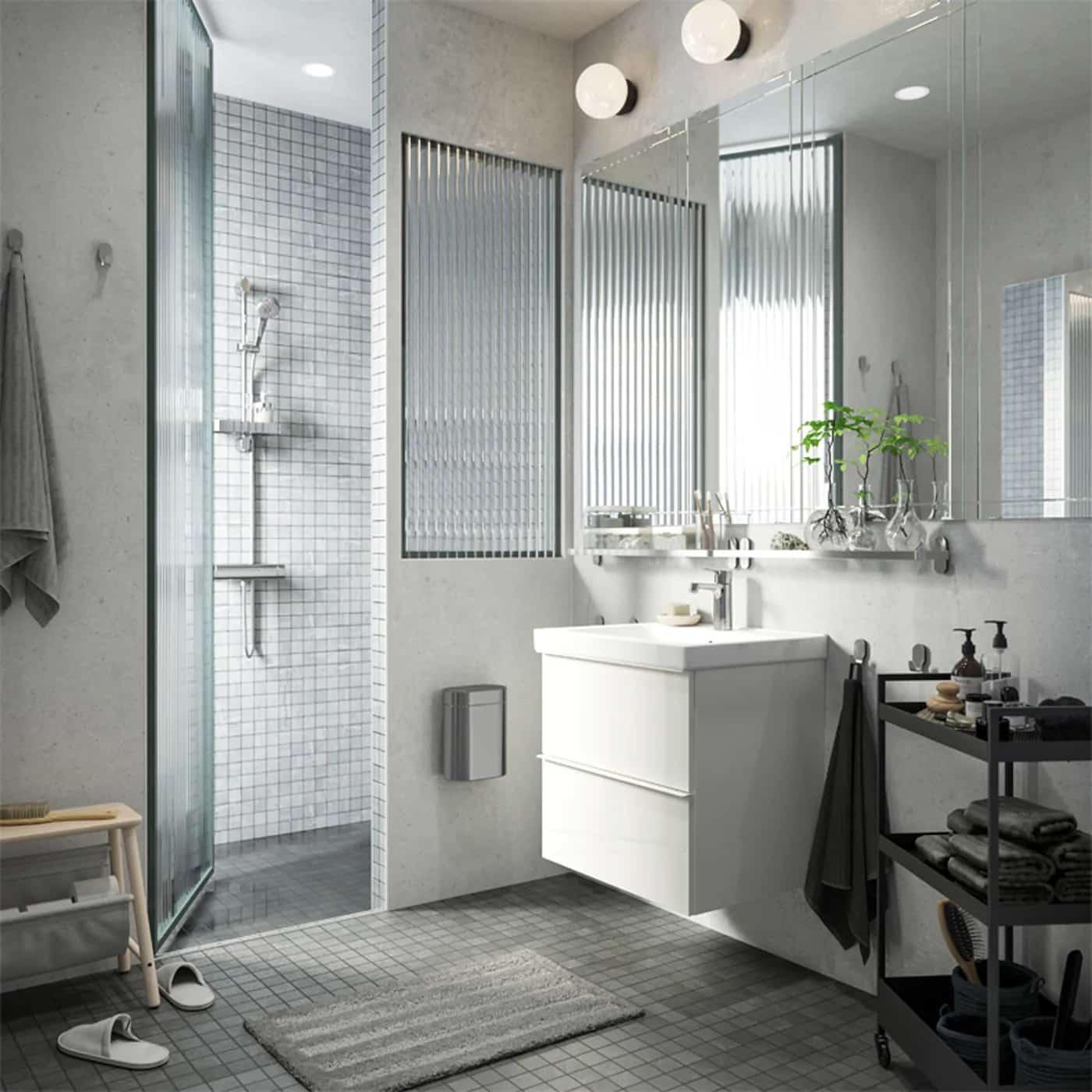 Ikea Hemnes Cassettiera Con Specchio.Bagno Ikea 2020 Le Novita Per Arredare Un Bagno Di Tendenza