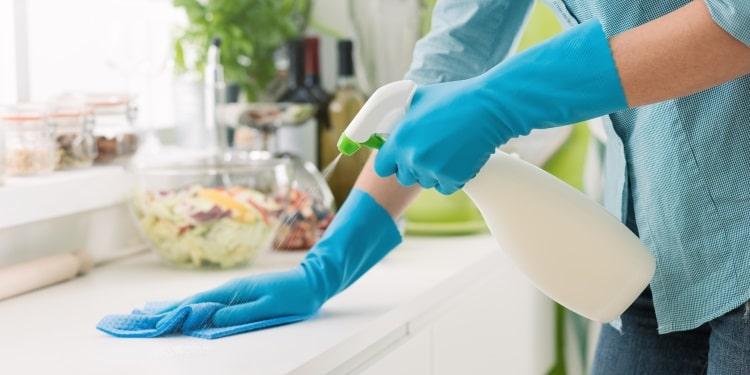 Pulire e igienizzare casa