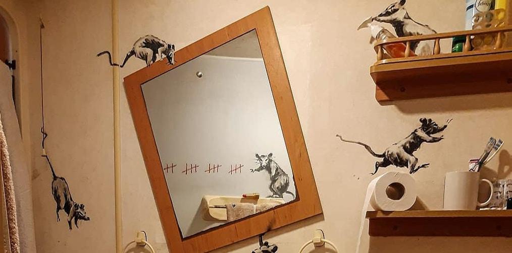 Banksy topi